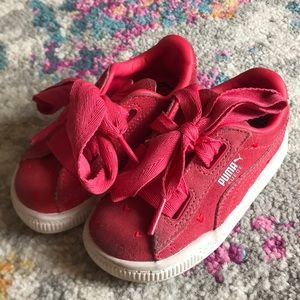 Pink puma with ribbon laces